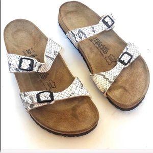 🔥SALE🔥 Birkenstock Birki's snakeprint Sandals 9N